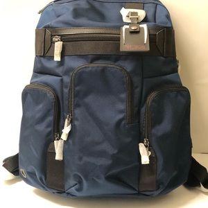 tumi nickerson triple pocket expandable backpack